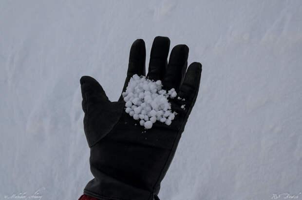 Структура снега здесь очень интересная