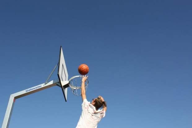 На соревнованиях по стритболу юноши из Бескудникова взяли «серебро»