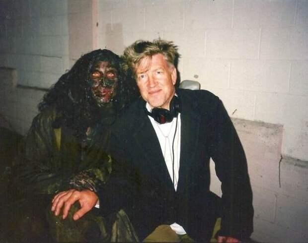 Дэвид Линч на съёмках «Малхолланд Драйв» в 2001 году.