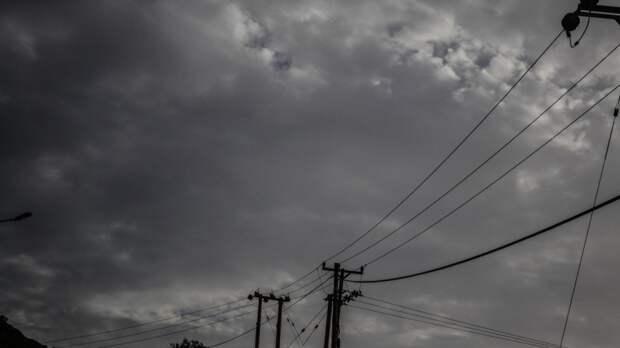Желтый уровень погодной опасности продлили в Москве до вечера среды