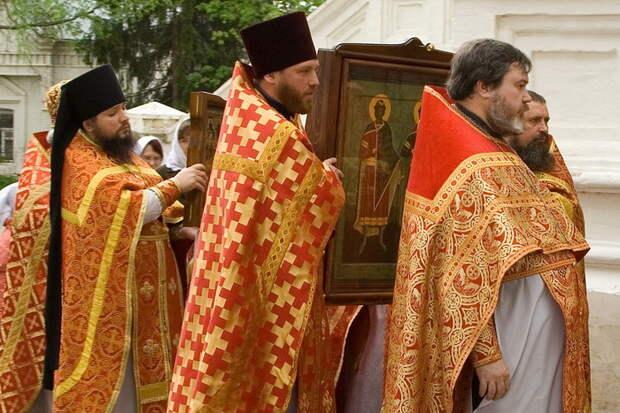 Православные священнослужители