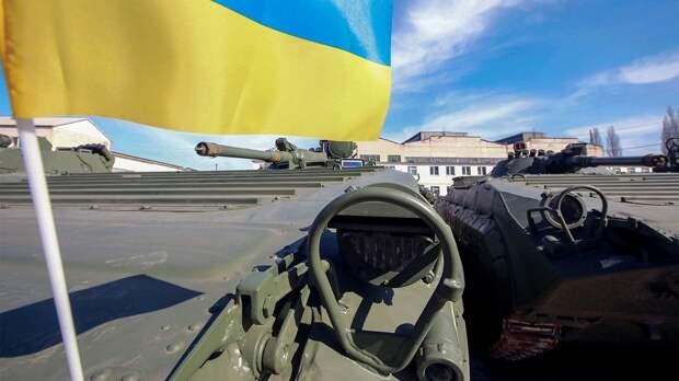 «Балансирование на грани войны»: к чему готовятся в Киеве и Москве на фоне обострения в Донбассе