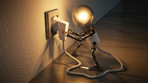 Из-за непогоды в Крыму без электричества сидели 20 тысяч потребителей