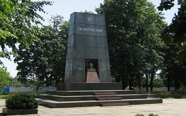 Список важных тел. Чьи мавзолеи находятся на территории бывшего СССР? Мавзолеи, СССР, интересное