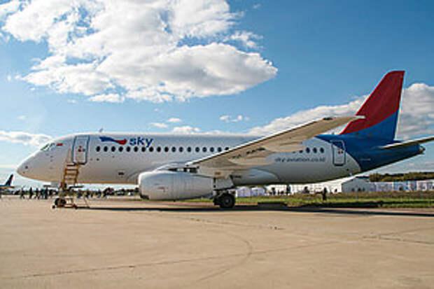 Третий самолет Sukhoi SuperJet 100 передан авиакомпании Sky Aviation