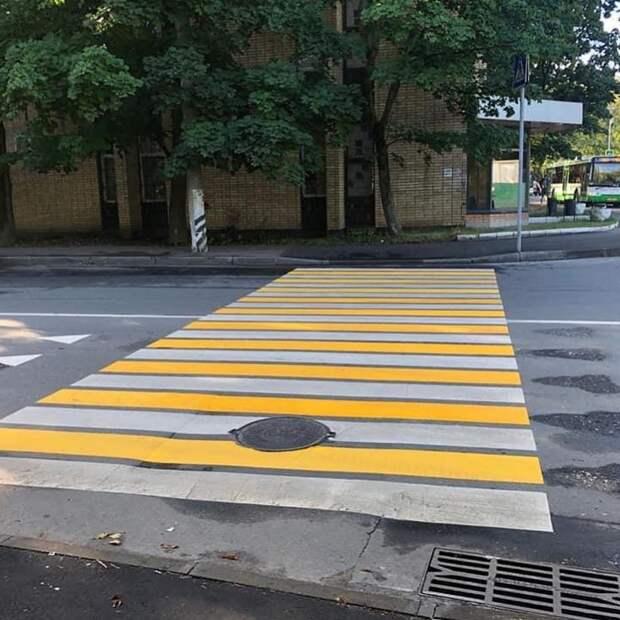 На Кольской появился новый пешеходный переход
