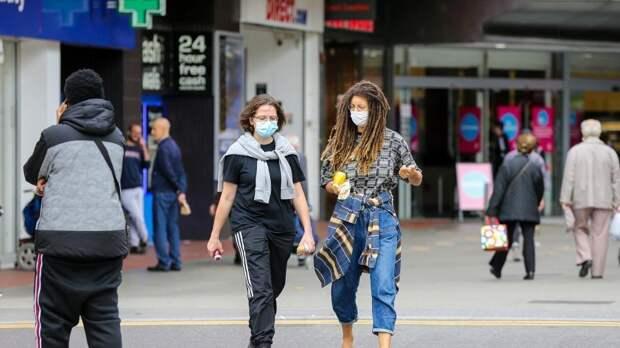 Англия на 6 месяцев ввела новые ограничения из-за коронавируса