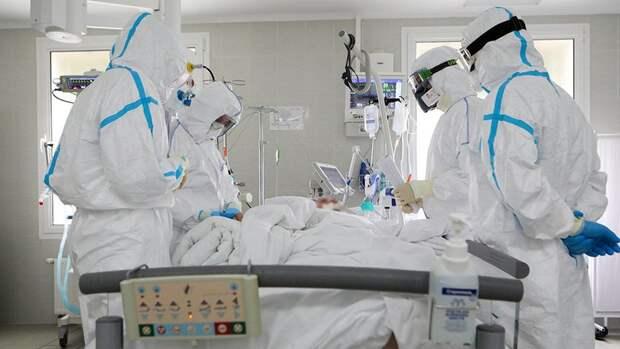 Число смертей от COVID в России за сутки выросло почти на 10%