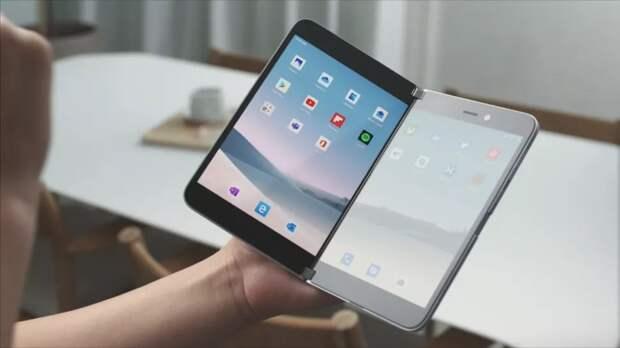 Что было до Surface Duo. История смартфонов и компьютеров с двумя экранами
