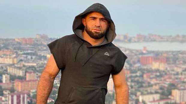 Боец UFC Ахмедов: «В США хорошие люди, приветливые. Вернулся в Россию — так все хмуро. И все равно здесь лучше»