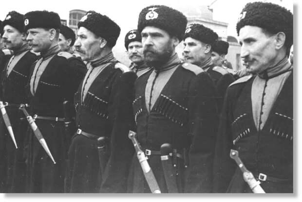 """До этих тоже """"тройки НКВД"""" не добрались, а жаль. Яндекс.Картинки."""
