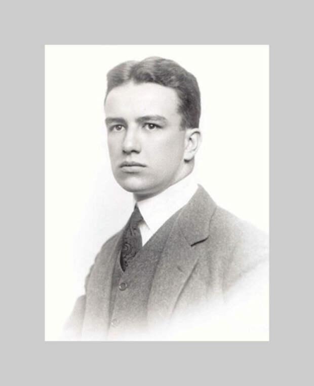 Ричард Бакминстер Фуллер в начале XX века