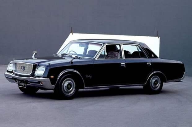Эволюция самого роскошного авто Японии (11 фото)