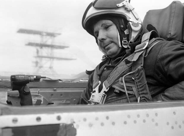 Загадочная смерть Юрия Гагарина – почему первый человек в космосе умер таким молодым?