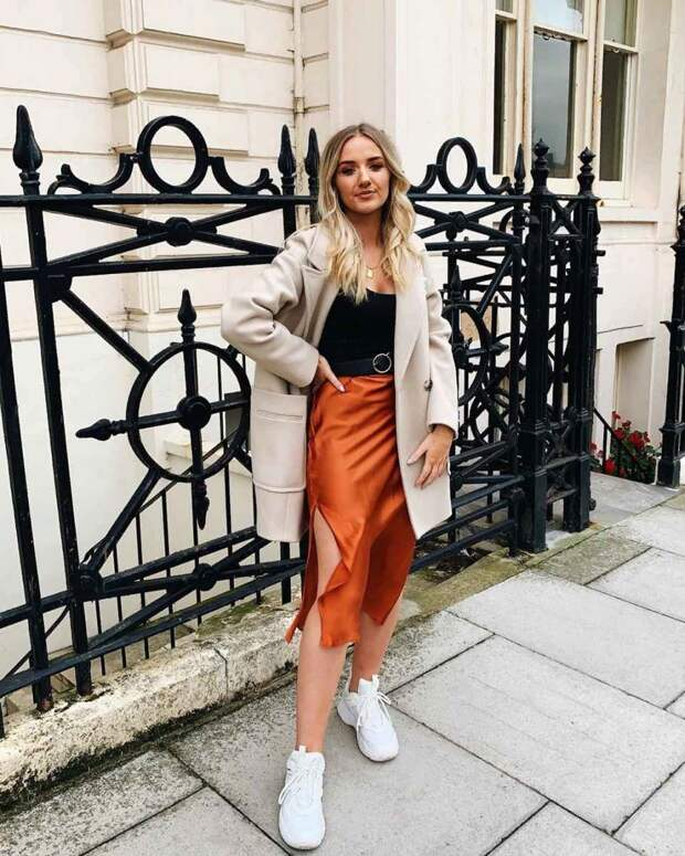 Шелковая юбка – тренд весны 2021 : самые стильные сочетания!