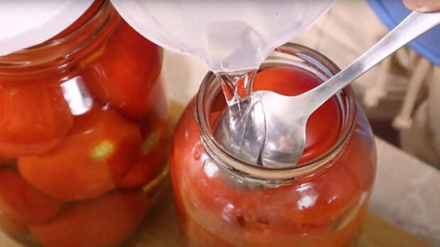 Необычный способ консервации томатов на зиму: томаты в снегу