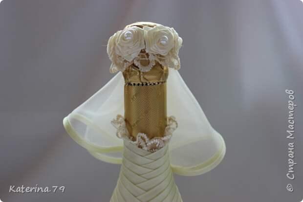 Декор предметов Мастер-класс Поделка изделие Свадьба Моделирование конструирование Шитьё Бутылочки жених и невеста как я делаю пушистую юбку для невесты  Бусины Бутылки стеклянные Ткань фото 18