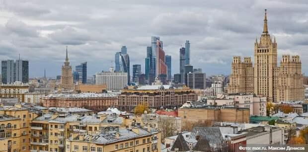 Собянин рассказал об окончании реставрации скульптур на площади Гагарина/Фото: М. Денисов mos.ru