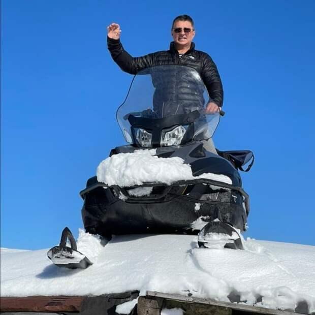 Имя им легион! В преддверии сезона отпусков Александр Мясников призывает позаботиться о защите от инфекций