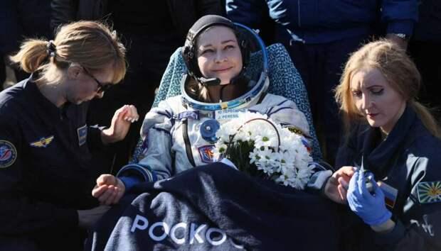 Актриса Юлия Пересильд с режиссером Климом Шипенко успешно возвратились с космоса на Землю