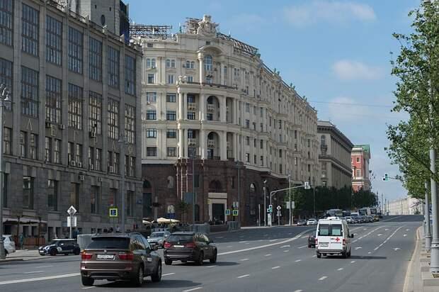 Чехии напомнили о недвижимости на Тверской из-за требований к посольству РФ освободить полгектара земли в Праге