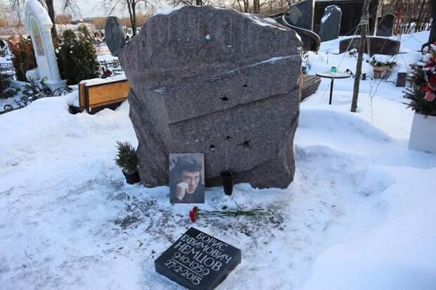 Олег Лурье: Размышления на могиле Бориса Немцова. Продолжение истории
