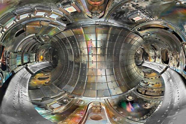 Гибридный реактор синтез-деление