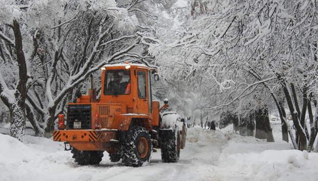 Коммунальные службы Подмосковья перевели на усиленный режим работы из‑за снегопада