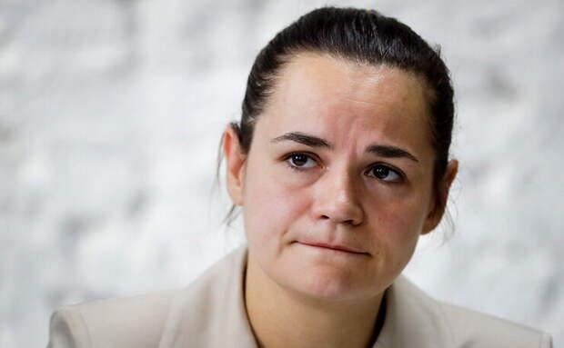 Тихановская приехала в Швейцарию найти активы Лукашенко и попросить денег - ей отказали. Батька наверное смеялся