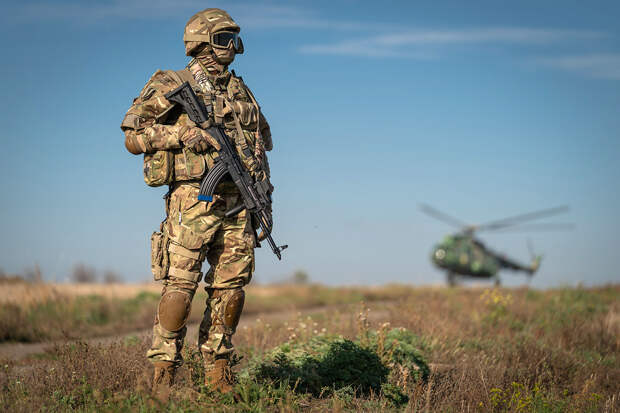 Украина готовится к «войне всех против всех»