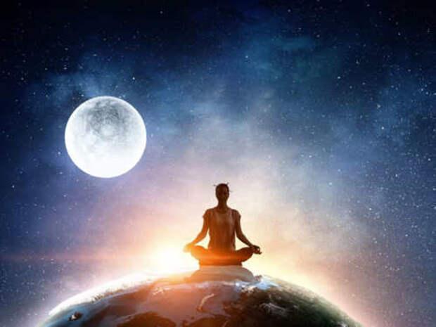 Как лунные аффирмации могут изменить вашу жизнь?