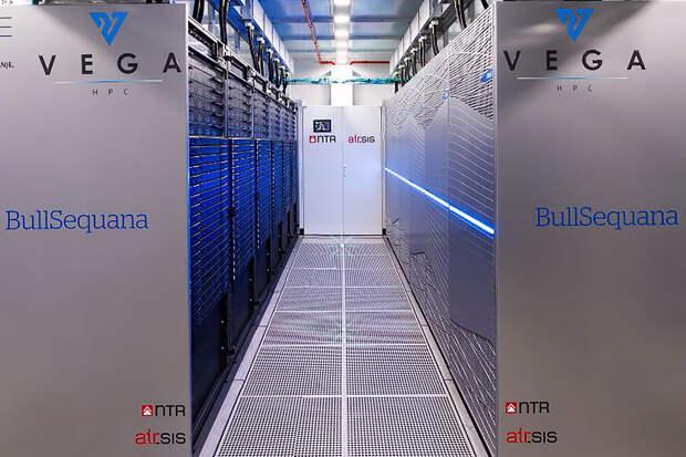 Первый суперкомпьютер в 6,9 петафлопс начнёт работать в ЕС