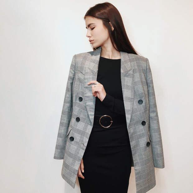 Классический стиль — одно из модных направлений в одежде 2021