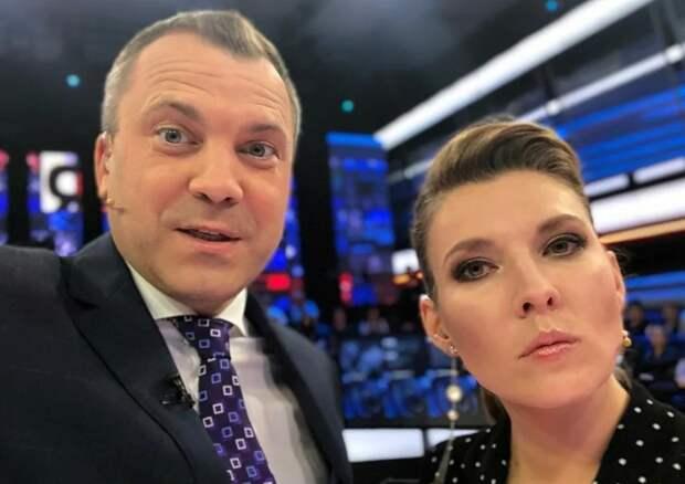 """Не знаю почему Попова все упорно называют """"муж Скабеевой"""", но опубликован его отчет о доходах и имуществе"""