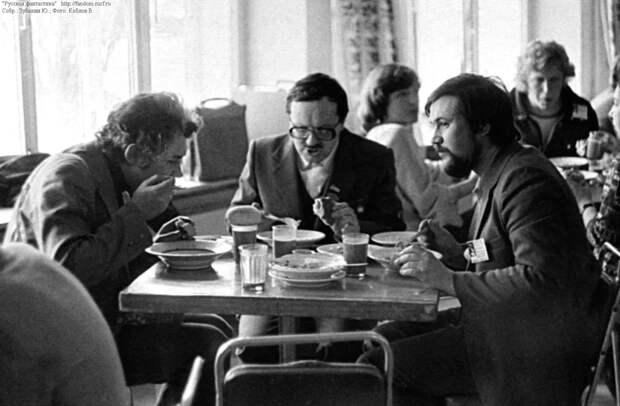 «Убогий» рацион советского человека. Сравниваем с современным.