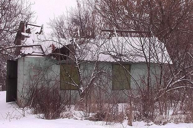 При обстреле окраины Донецка со стороны ВСУ повреждены два дома