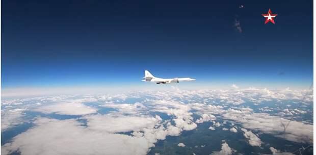 Российские Ту-160 «поприветствовали» Байдена в небе над Европой
