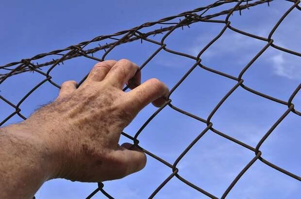 С сегодняшнего дня в России ужесточают наказания за нарушение карантина