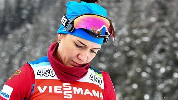 Расплакавшаяся из-за зарплаты биатлонистка Васильева нарвалась на жесткую критику: «У людей пенсии 9 тысяч рублей!»