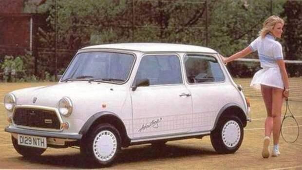 Девушки и автомобили на рекламных плакатах середины ХХ-го века.
