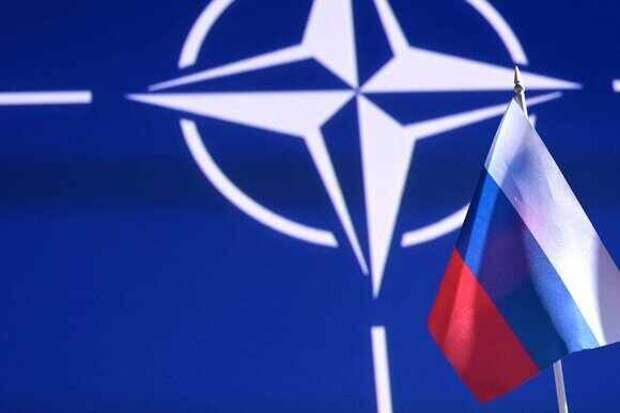 Недоговороспособный партнер: Россия приостанавливает работу своего постпредства при НАТО