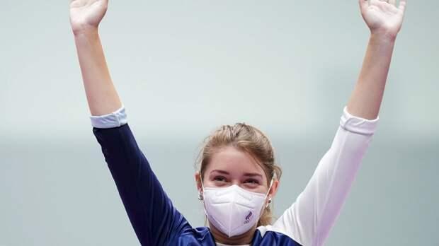 Стрелок Бацарашкина принесла России первое золото на Олимпиаде в Токио
