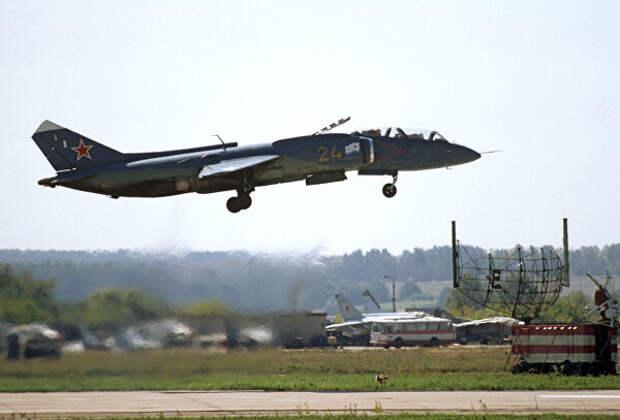 Сверхзвуковой многоцелевой истребитель-перехватчик вертикального взлета и посадки Як-141
