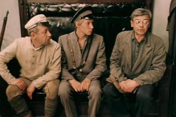Александр Демьяненко в фильме «Зеленый фургон»