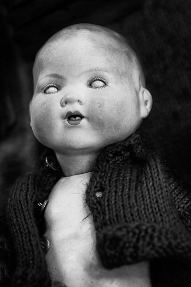 Забытая кукла.