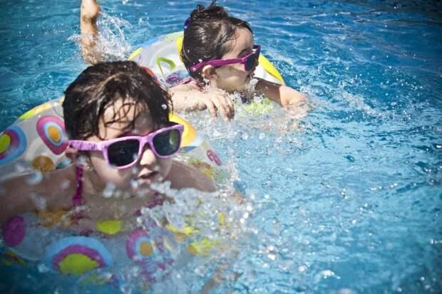 Детей обучат плаванию на Ленинградке