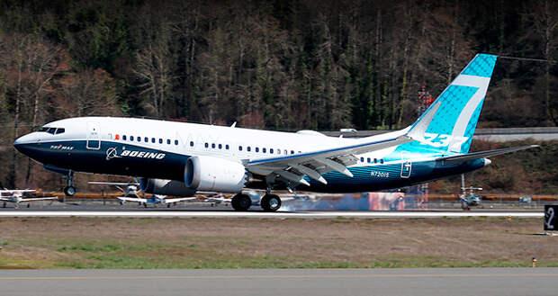 Boeing 737 MAX 7 совершил первый полет