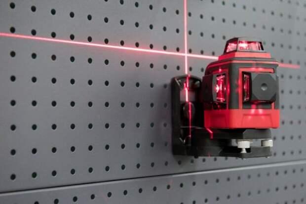 Плюсы и минусы лазерного уровня, почему все хотят его приобрести, но не приобретают