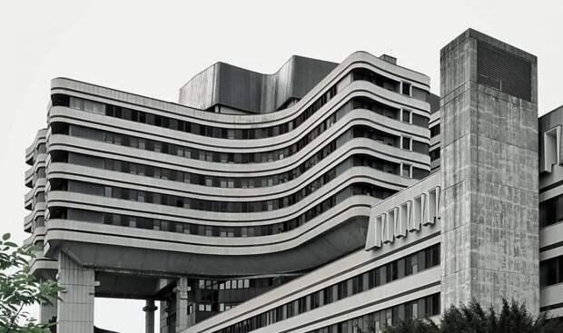 11 крутых фото суровой советской архитектуры