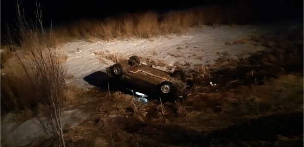 «Лада Приора» перевернулась на трассе в Удмуртии: водитель погиб